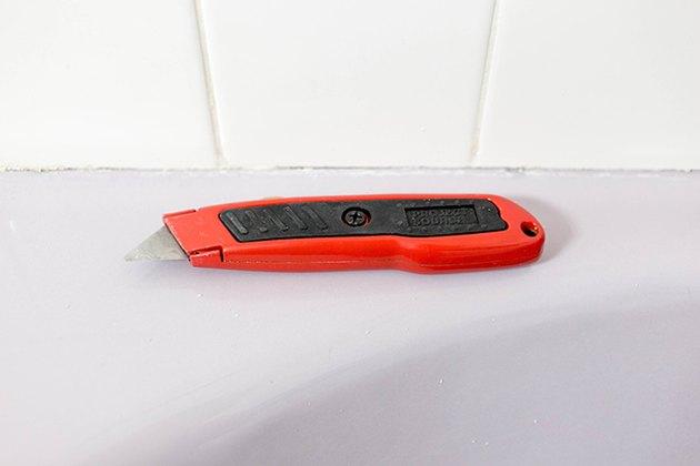 red box cutter