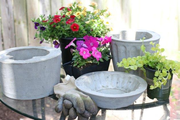 Planting concrete planters
