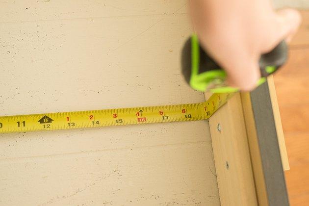 Measuring the drawer