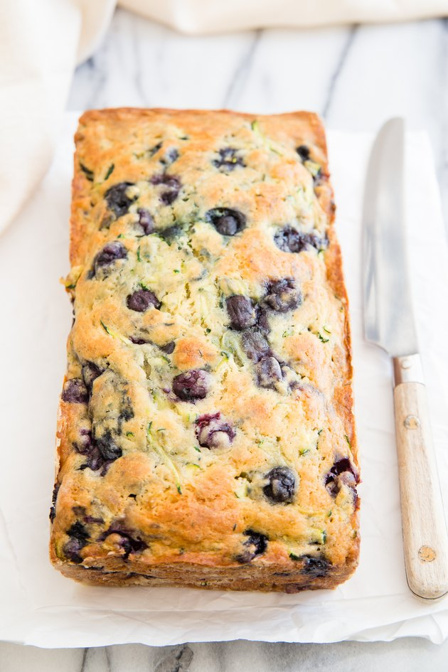 Baked blueberry zucchini bread