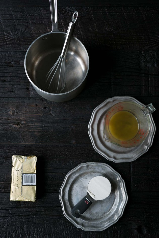 How to Make a Roux for Gravy | eHow