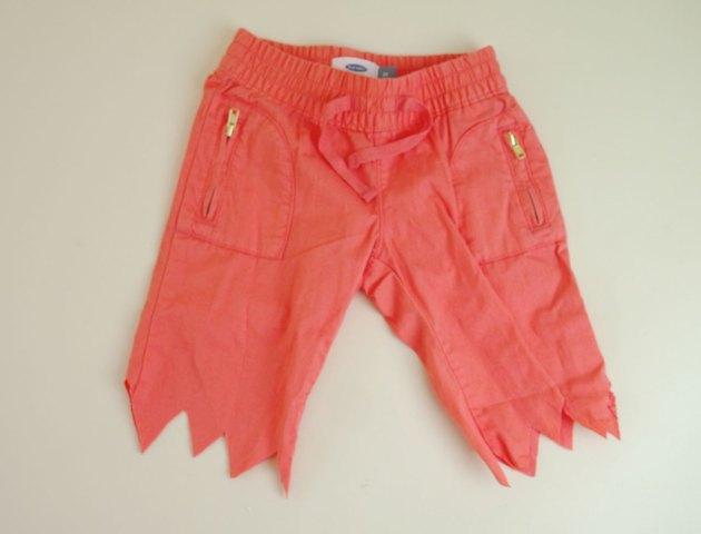 Pants cut in a zigzag.