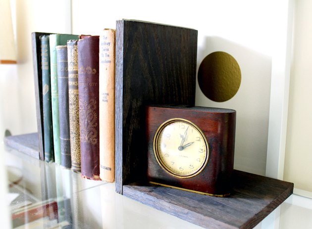 bookends dyed with coffee