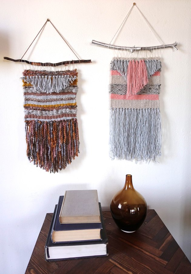 Easy woven wall hanging for beginners.