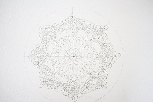 Drawing scallops along petals