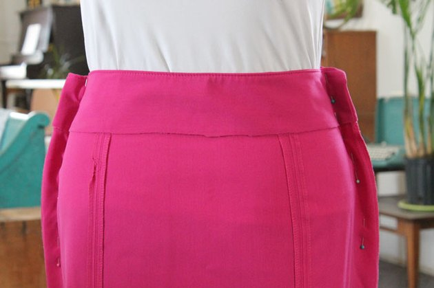 pin skirt sides