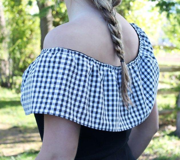 back view of ruffle T-shirt