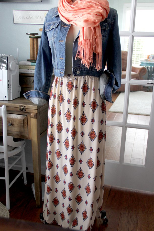 Fall outfit on a mannequin