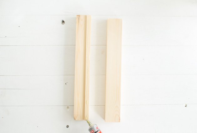 Glueing stand together