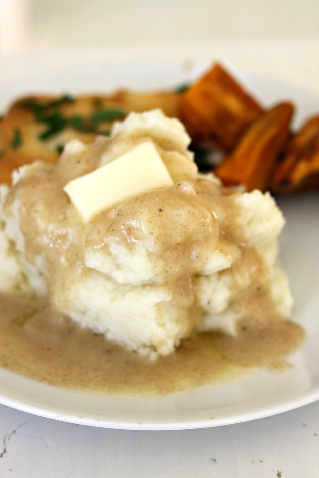 gravy on potatoes