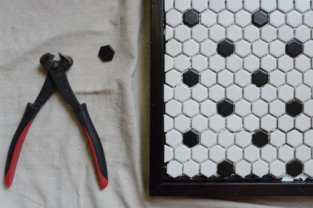 cut tiles with nippers
