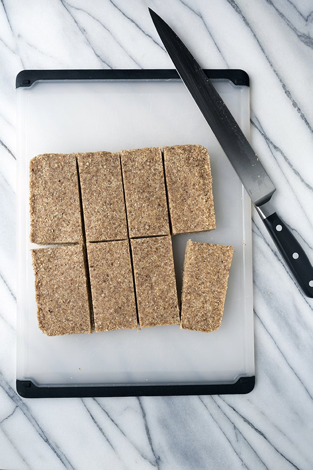 Homemade Energy Bar to Save You From Afternoon Slumps | eHow