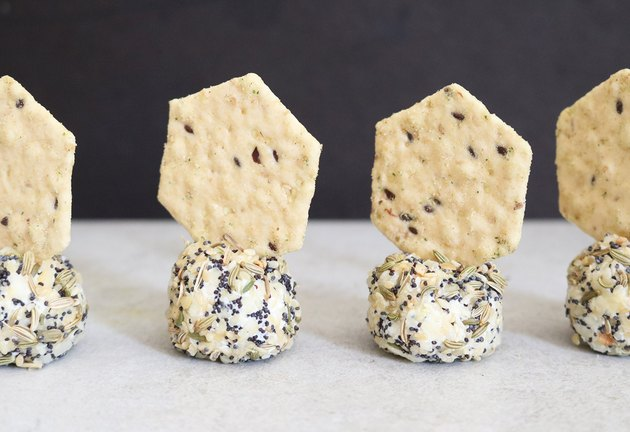 Everything bagel goat cheese balls and crackers