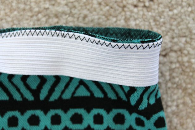 Zig zag stitch elastic to skirt