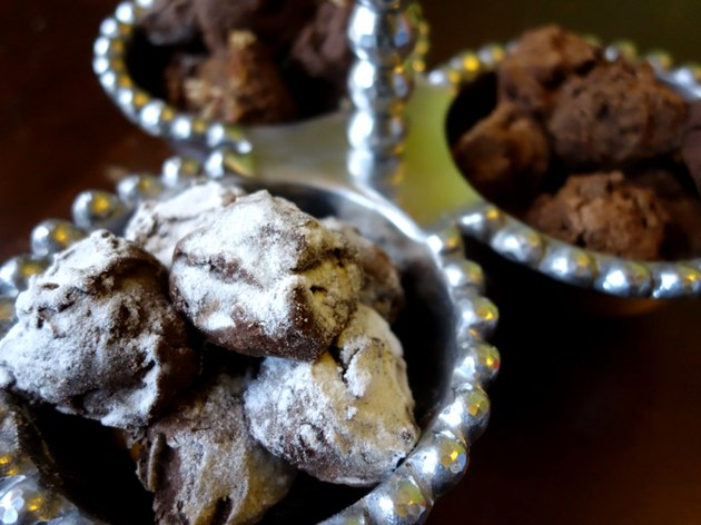 Easy-to-make low-carb chocolate truffles in decorative serving dish.