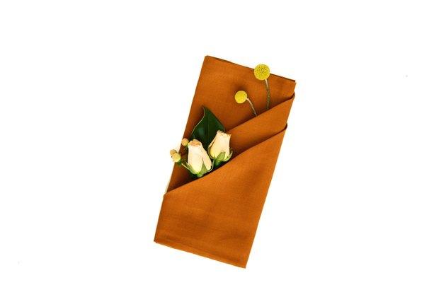 add flowers to folds