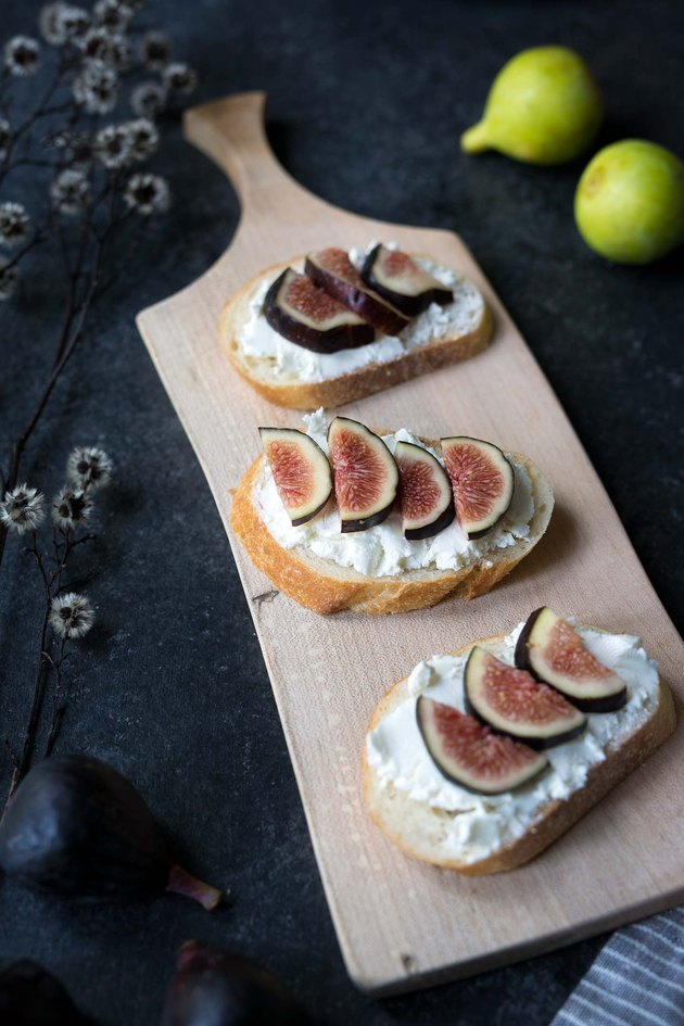How to Eat Fresh Figs   eHow