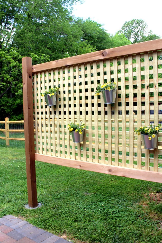 how to build an outdoor privacy screen for your backyard for about $100