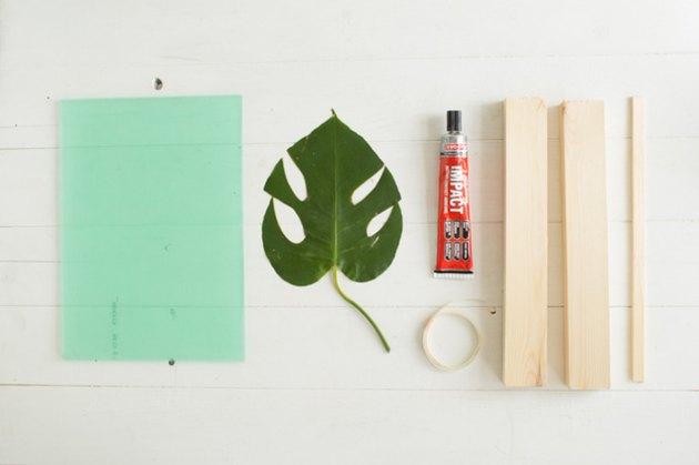DIY Leaf Frame Stand materials