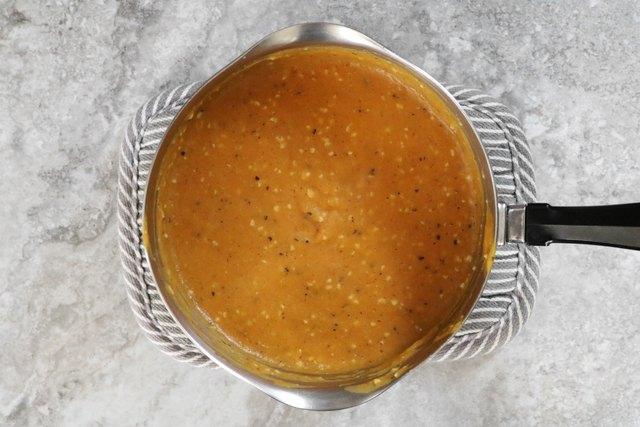 Cook pumpkin Alfredo sauce