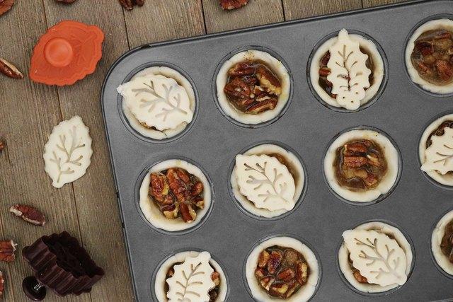 Add leaf pie crust pieces