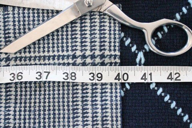 winter-scarf-camera-strap-cut