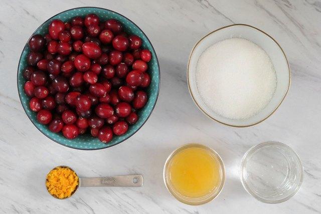 Ingredients for orange cranberry sauce