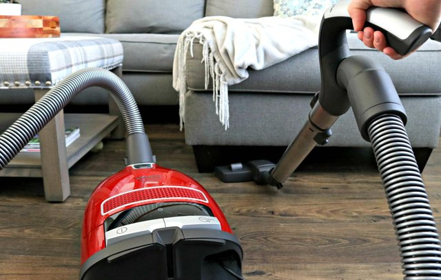 Vacuum under furniture