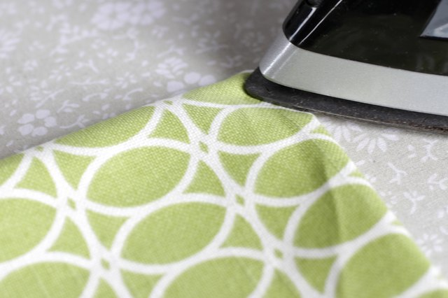 Say good-bye to mud stained knees and say hello to a bright comfortable kneeling pad that you made yourself.