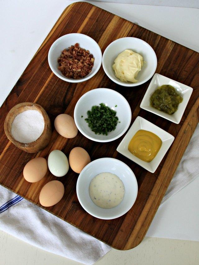 Bacon Deviled Eggs Recipe ingredients