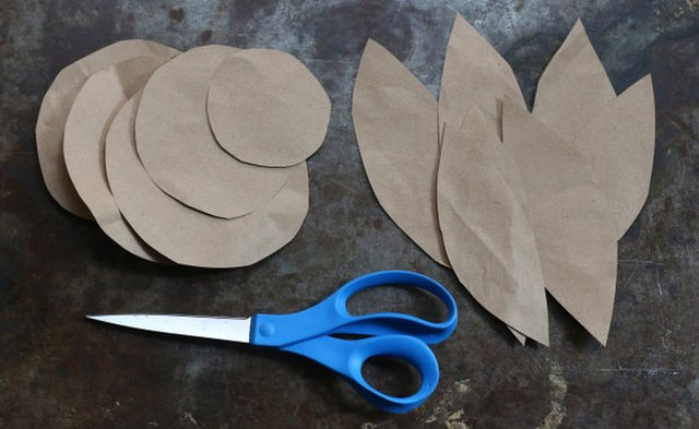 Cut out leaves