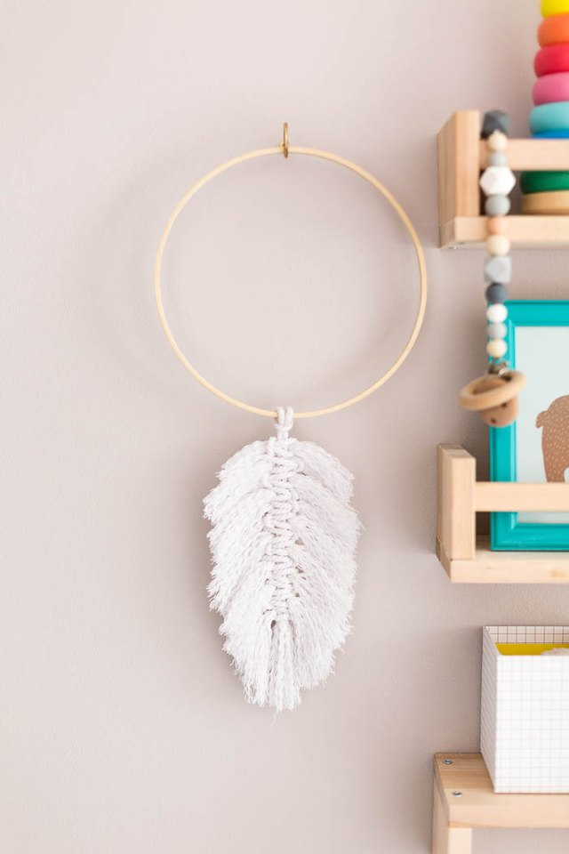 DIY Macrame Feathers Wall Hanging Decor