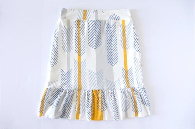 Hem skirt to finish