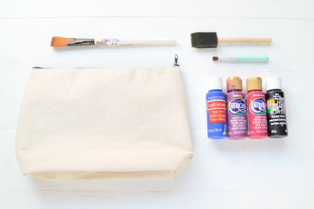 Supplies for the artsy canvas pouch