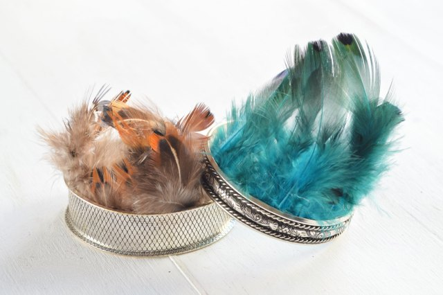 Use colored feathers for a different look