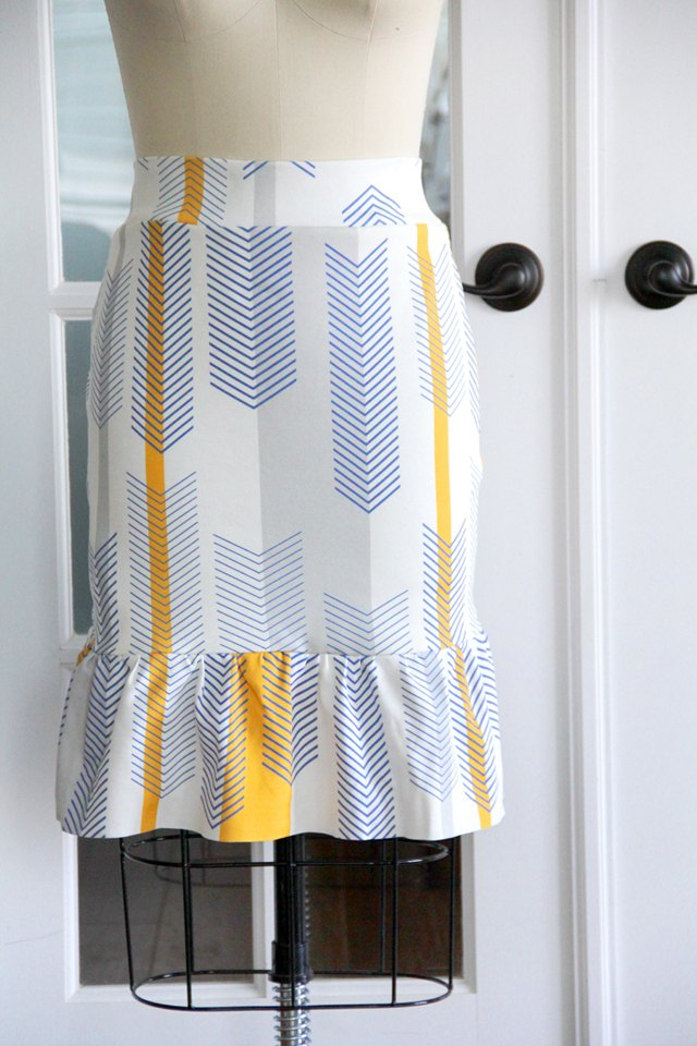 knit pencil ruffle skirt sewing tutorial