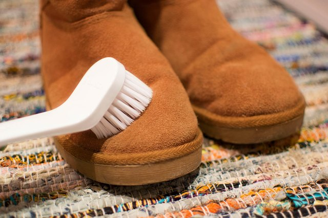 how to clean ugg boots inside