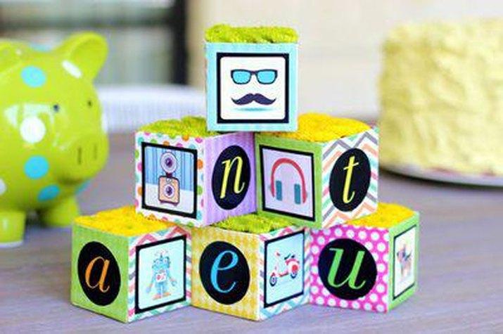 DIY Floral Baby Blocks