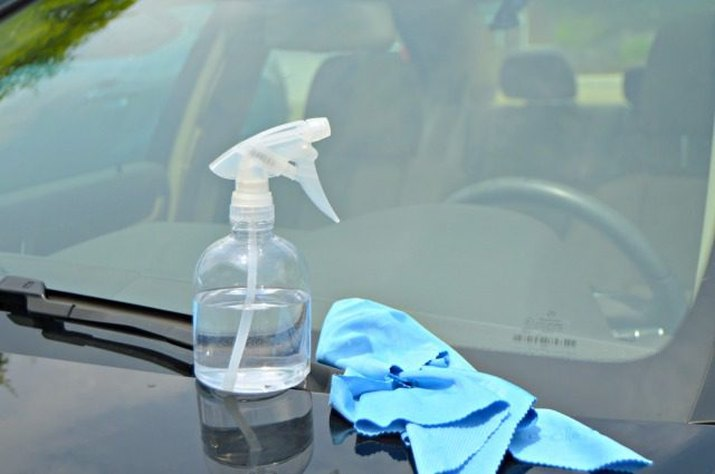 Homemade auto glass cleaner and microfiber cloth