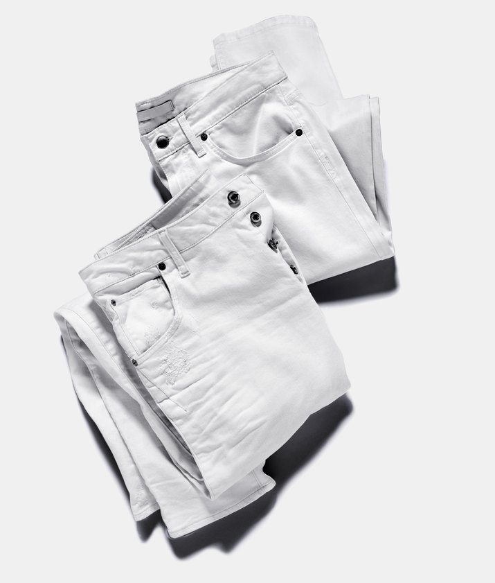 2 pair of white jeans