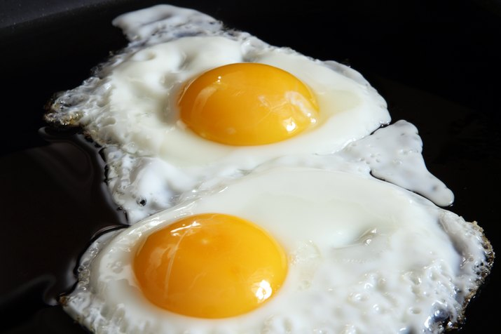 sunny side up eggs close up