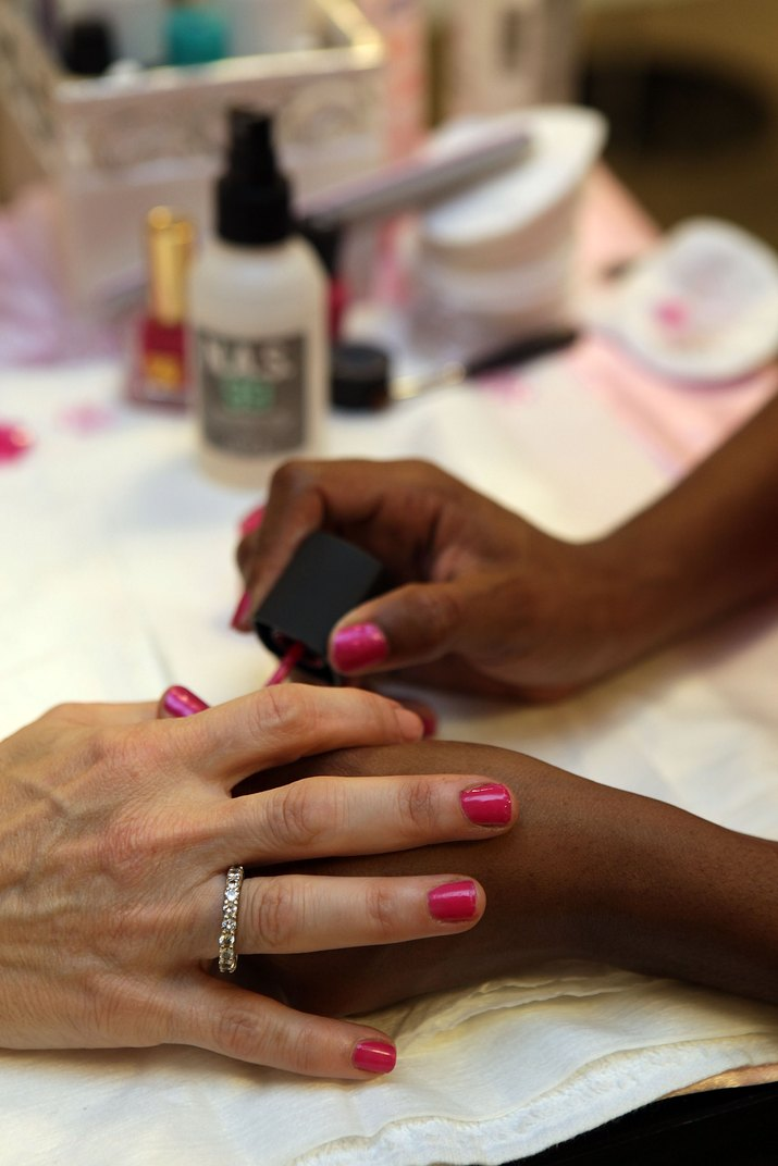 Ready, Set, Pink! Event At Bloomingdale's Boca Raton