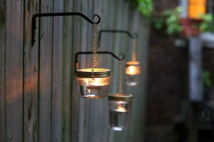 Three hanging lights.