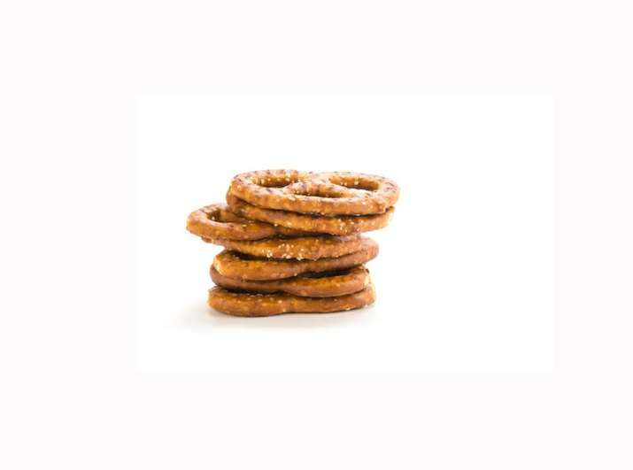 Whole-wheat pretzels keep you full with their fiber content.