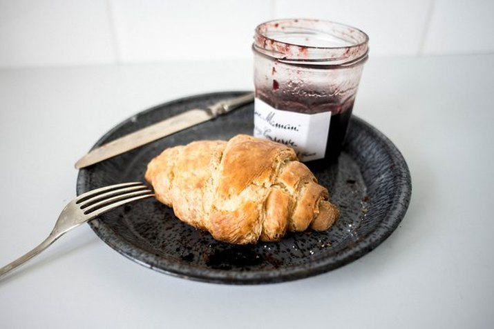 One croissant and jam.