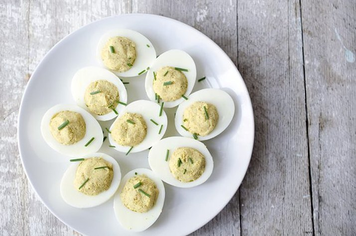Curried deviled eggs