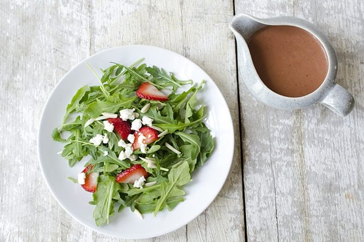 Arugula salad with roasted strawberry vinaigrette