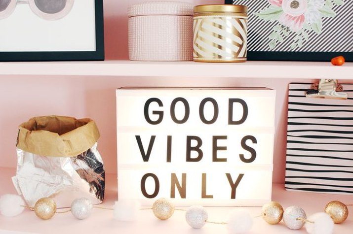 Good vibes only in this bedroom