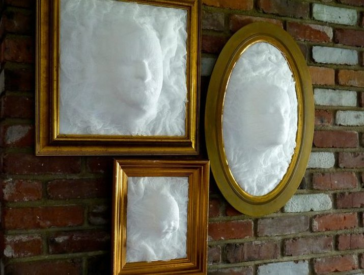 Ghost Picture Frame