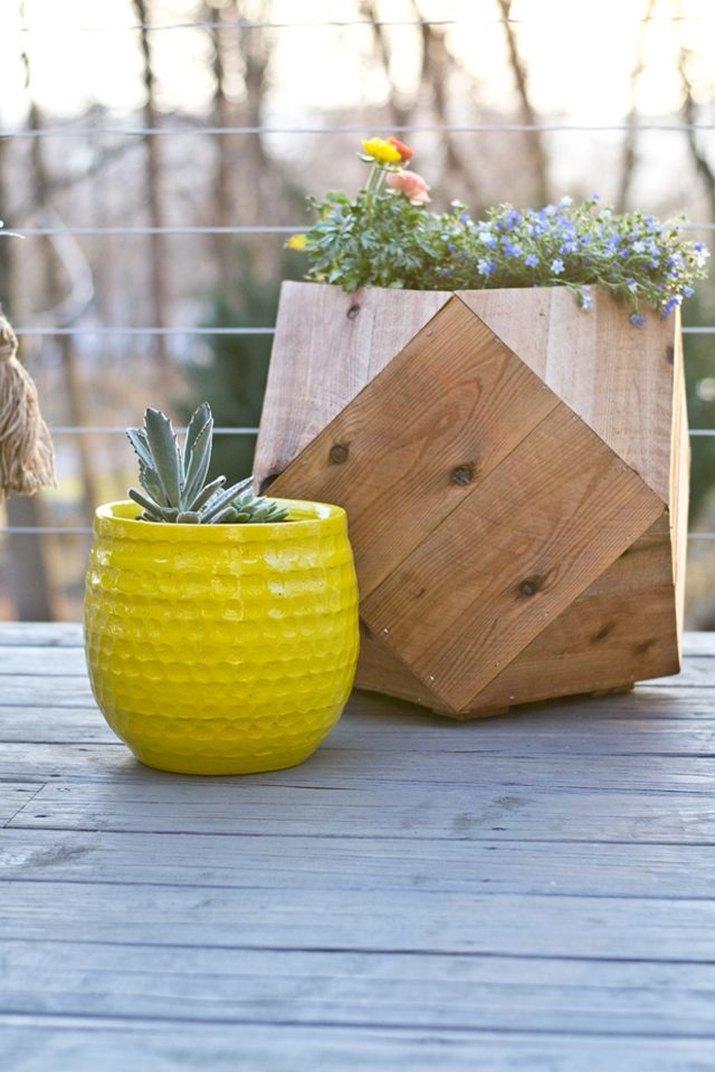 1 geometric planter